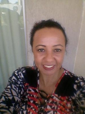 Elisângela Chaves