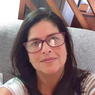 Luciana Paes de Barros