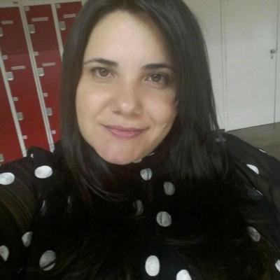 Luciana da Silva Costa (PUC Minas - Minas Gerais)