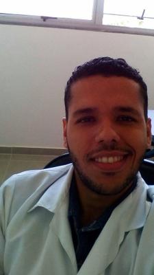 Prof. Dr. Leonel Vinícius Constantino (UEL)