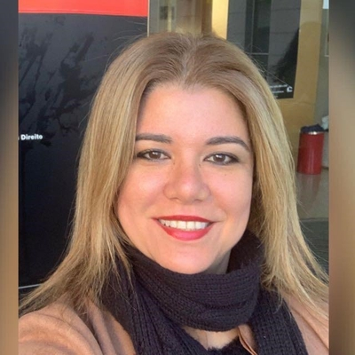 ANA CLAUDIA BRANDÃO DE BARROS CORREIA FERRAZ