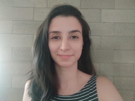 Débora Pinhatari Ferreira (UEL)