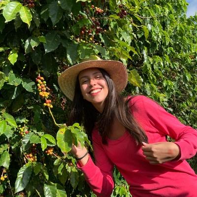 Laura Oliveira Aguiar