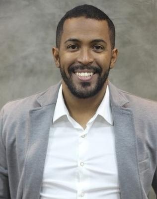 Dr. Douglas Monteiro (PE)