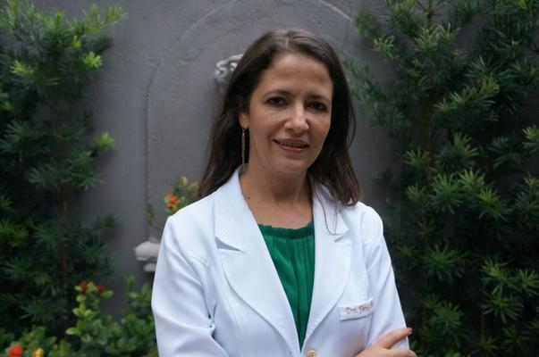 Fernanda Schumaker Ferraz
