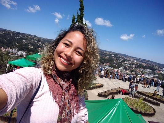 Thiliane Regina Barbosa Meguis