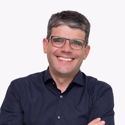 Dr. Alexandre Henrique Leonel