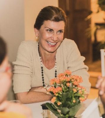 Claudia Smith
