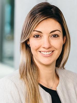 Dr Nicole de Paula