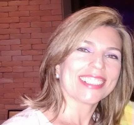 Sheila Farias Alves Garcia