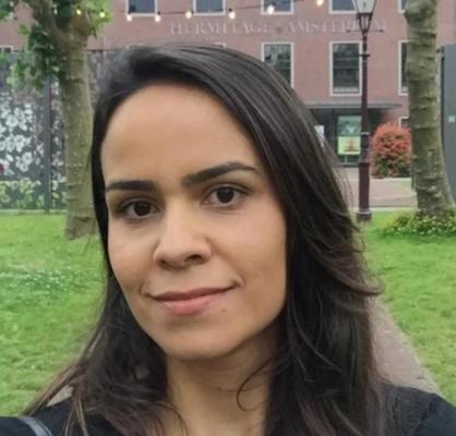 Larissa Loures Mendes