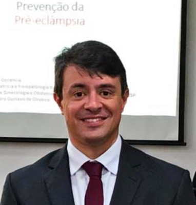 Leandro Gustavo de Oliveira
