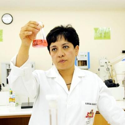 Profª Dra. Lucía de los Ángeles Ramírez Cárdenas, Universidad San Francisco de Quito
