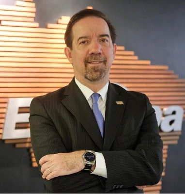 Celso Luiz Moretti, Doutor