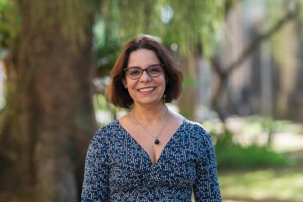 Profa. Dra. Denise Pires de Carvalho