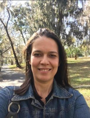 Profª Dra. Patrícia Beltrão Lessa Constant - UFS