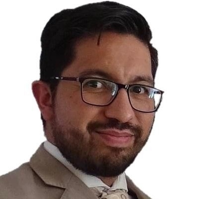 Dr. Eric Flores Medrano