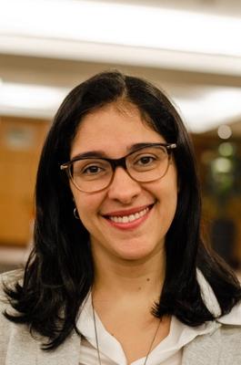 Profª. Dra. Carolina Pimentel