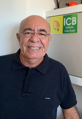 Vitor Hugo de Oliveira, Doutor