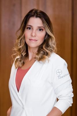 Juliana Esteves
