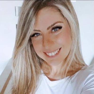 Anne CarrarI