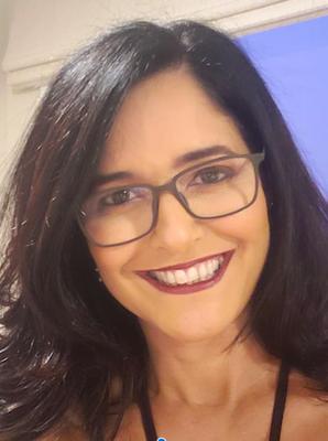 Dra. Claudia Oliveira