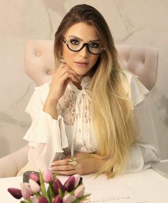 Carine Cristina Camargo
