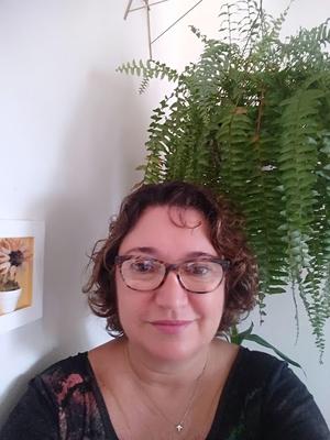 JAQUELINE GUIMARÃES DE CARVALHO
