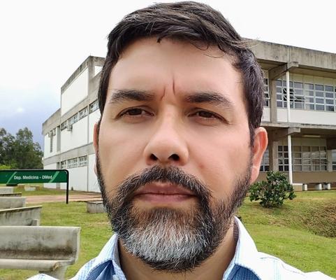 Prof. Dr. Gustavo Nunes de Oliveira