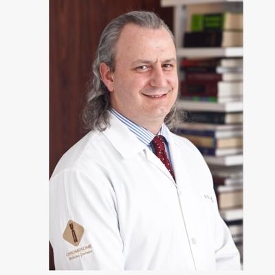 Dr. Ciro Martinhago