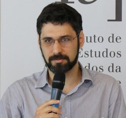 Alexandre Macchione Saes