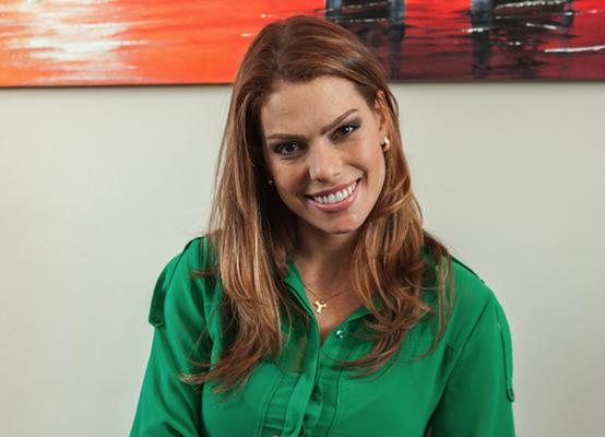 Gabriela Aquino Torelly