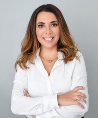 Dra. Aline Christino Simas