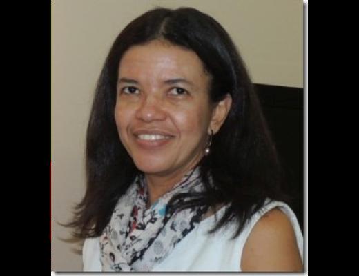 Adriana Cristina de Oliveira