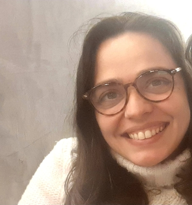 Luciana Corine Neves Caetano