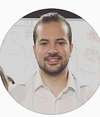 Dr. Caio César  Disserol