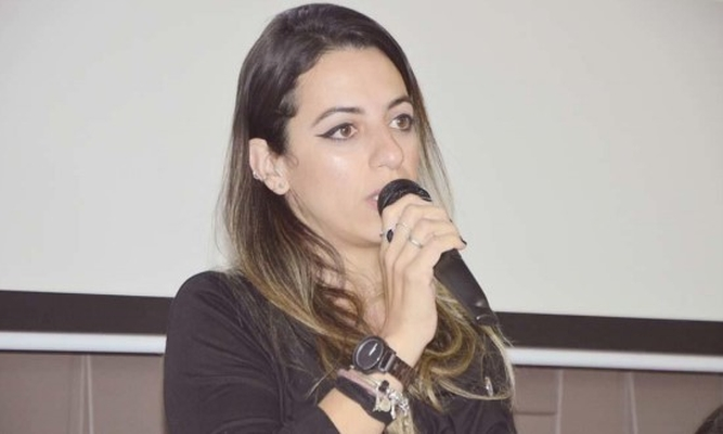 Caroline M. J. dos Santos _PALESTRANTE_