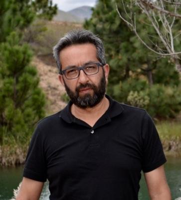 Luis Ernesto Salinas