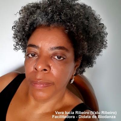 Vera Lucia Ribeiro (Valu Ribeiro)