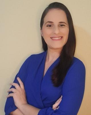 Ellen Nestori Silveira