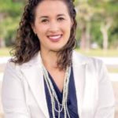 Aline Cardoso Siqueira