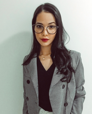 Caroline Cruz