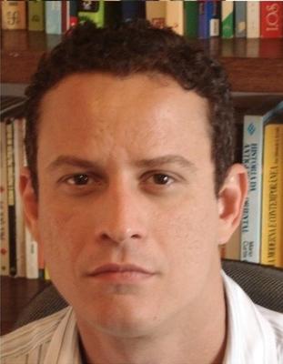 Vitarque Lucas Paes Coelho, Doutor