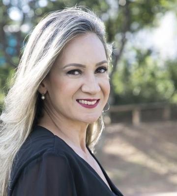 Christianne Luce Gomes