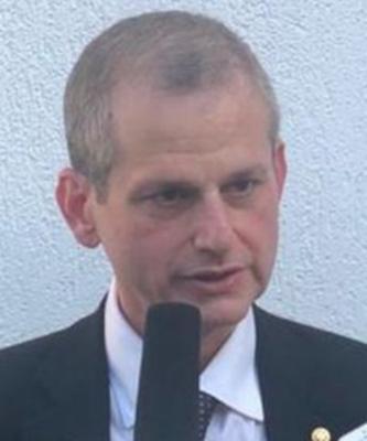 Dr. Arnaldo Goldemberg