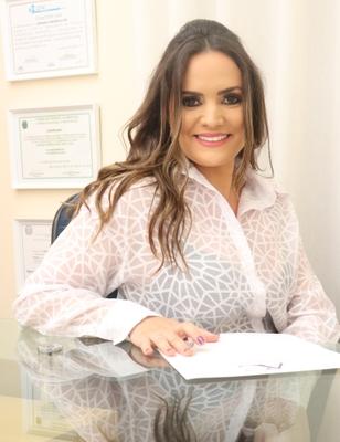 Adriana Cherem Alves