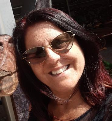 Catia Menezes da Silva de Pereira