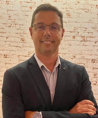 Dr. Flávio Graça