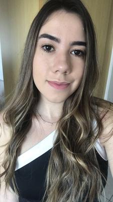 Amanda Arambul Gomedi