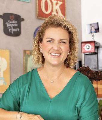 Júnia Helena Porto Barbosa